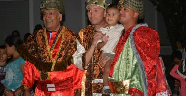 Los Reyes Magos junto a los Magnates de KM 30