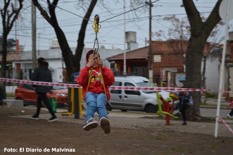 Festejo del día del niño en la Plaza Güemes