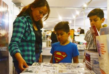 1era Feria del libro en Malvinas Argentinas