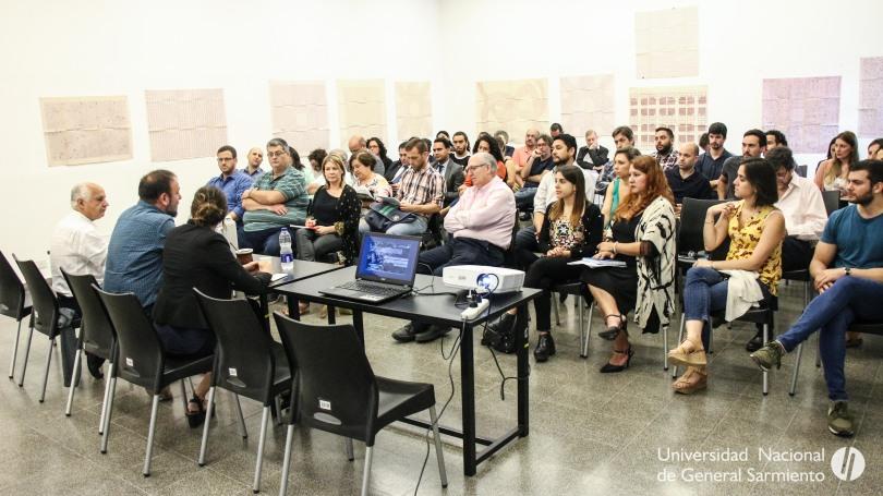 Encuentro entre la UNGS y representantes del sector socioproductivo-13